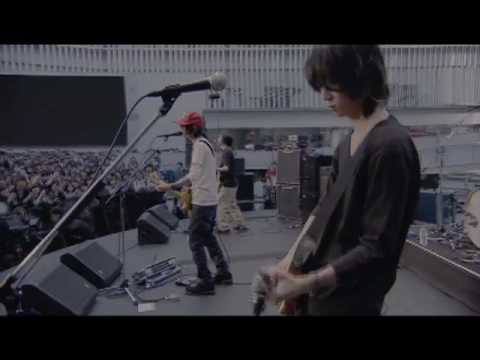 BUMP OF CHICKEN『HAPPY』 - YouTube