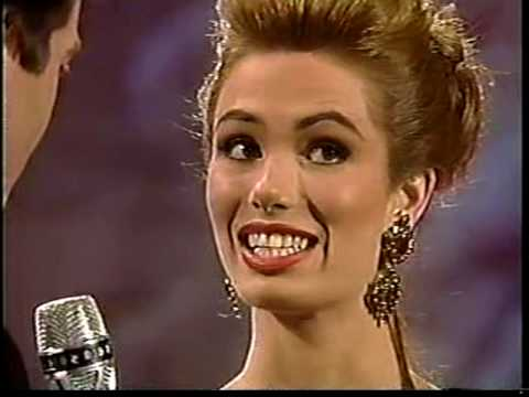 MISS UNIVERSE 1995 Top 10 Interview ( 1 / 2 ) - YouTube