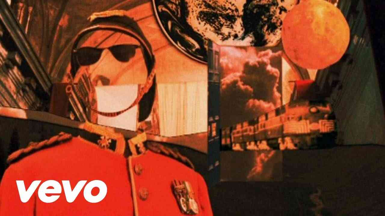 Oasis - The Shock Of The Lightning - YouTube