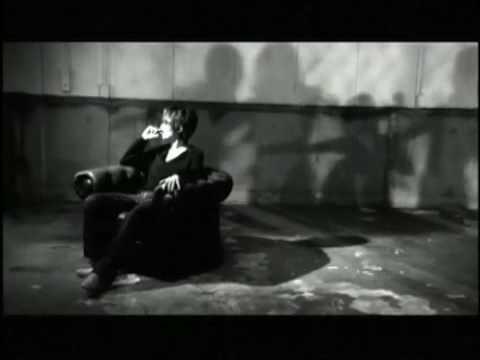 スガ シカオ(SUGA SHIKAO) / 夏陰 - YouTube