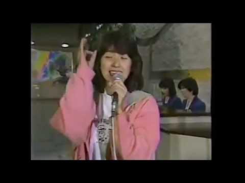 冬のオペラグラス 新田恵利 - YouTube