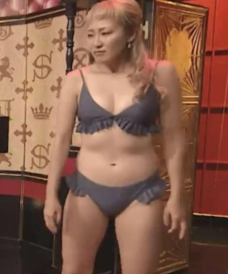 アメリカ水着姿披露の丸山桂里奈に国民栄誉賞の返還要求も…「なでしこジャパンの恥」