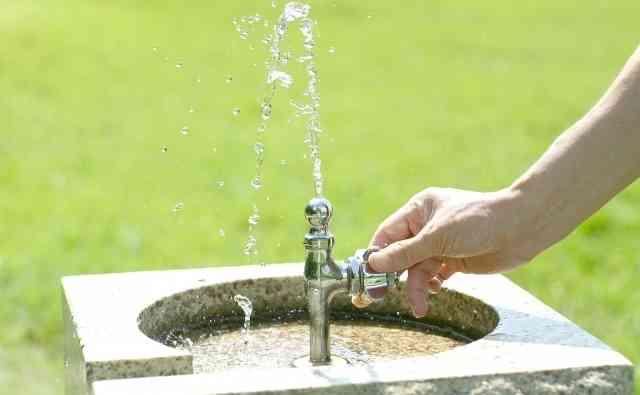 あまり報道されない「水道民営化」可決。外国では水道料金が突然5倍に