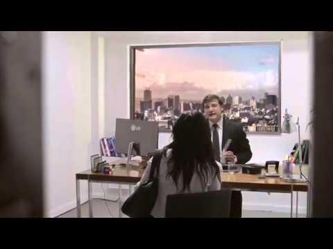 面接中、窓の外から隕石落下!!?ドッキリ  、LG4K テレビ - YouTube