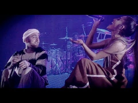 The Way - Ariana Grande & Mac Miller Live in Tokyo Japan at The Dangerous Woman Tour (HD) - YouTube