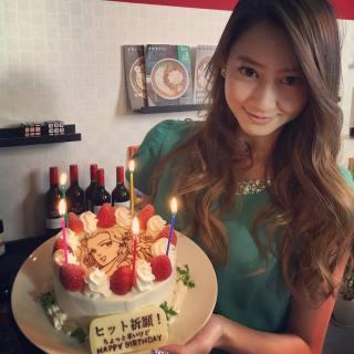 芸能人が誕生日を祝ってる画像