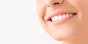 宮崎あおい、相武紗季、広末涼子…八重歯を矯正した女優としていない女優6人を比較!(1ページ目) - デイリーニュースオンライン