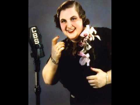 Kate Smith - Bei Mir Bist Du Schoen  (with lyrics) - YouTube