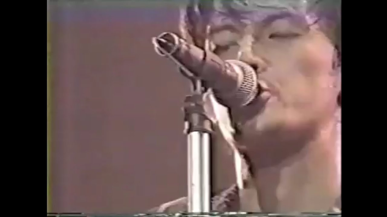 "B'z『憂いのGYPSY』(LIVE-GYM'91~'92 ""IN THE LIFE"") - YouTube"
