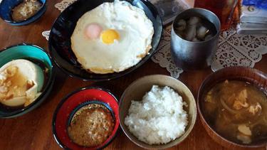 山田優、「旬さんの胃袋掴んでますね!」手料理が美味しそうだと話題に