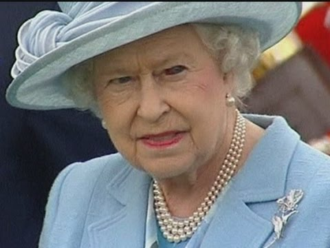 Queen sports a bloodshot eye at polo match - YouTube