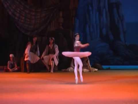 Natalia Osipova's Amazing Versatile Fouettés! - YouTube
