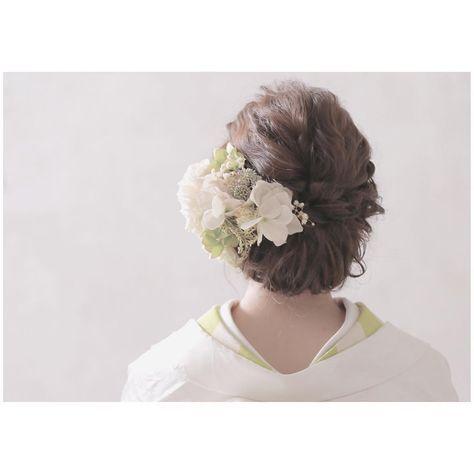 和装のヘアスタイル・髪飾り