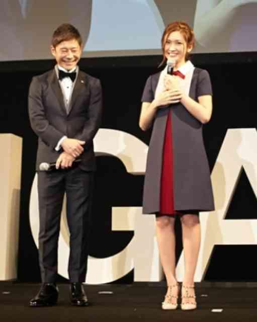 ZOZO前澤社長と剛力彩芽が「セリーヌ」のショーに来場