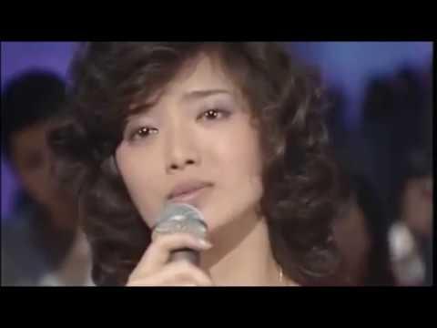 山口百恵 - さよならの向こう側 - YouTube