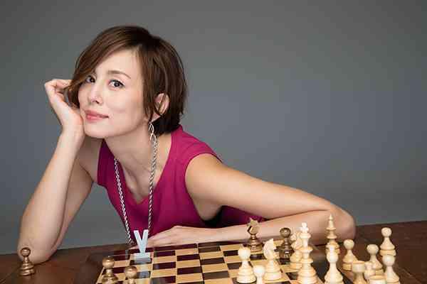 米倉涼子、「視聴率のためなら私、脱ぎます」宣言│NEWSポストセブン