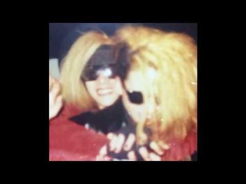 【X JAPAN】HIDEによるYOSHIKIのモノマネ音声 - YouTube