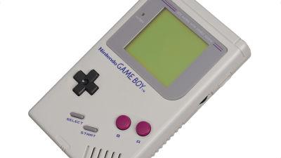 任天堂がスマホをゲームボーイにするケースの特許を取得、スマホで「ミニGame Boy」誕生か