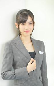 「美少女すぎる!」CMで新人パティシエ役 16歳の女優・長見玲亜が話題に