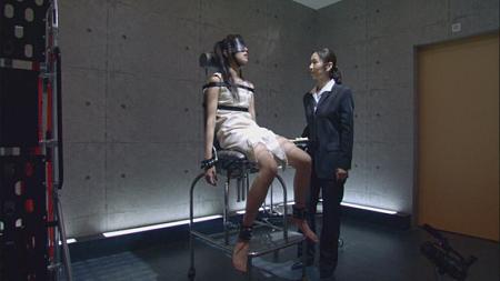 佐野ひなこ ウエストは「今も変わらず50センチ」毎日の腹筋でスタイルキープ